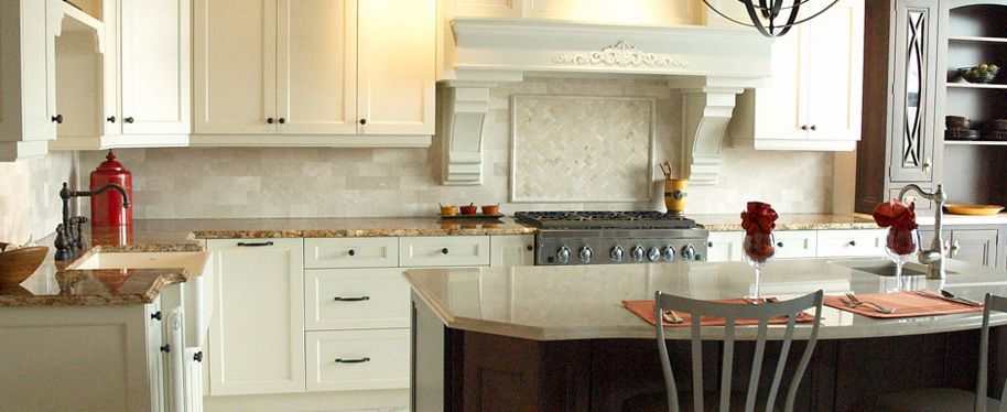 white kitchen; kichen; Hannah designs; Janet Hannah; clarington; newcastle kitchen design; bowmanville kitchen contractor; oshawa; durham; cottage country; Haliburton kitchen designer